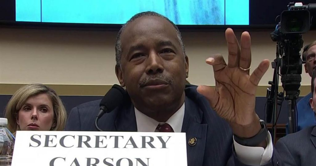 Ben Carson confuses real estate term REO for an Oreo cookie