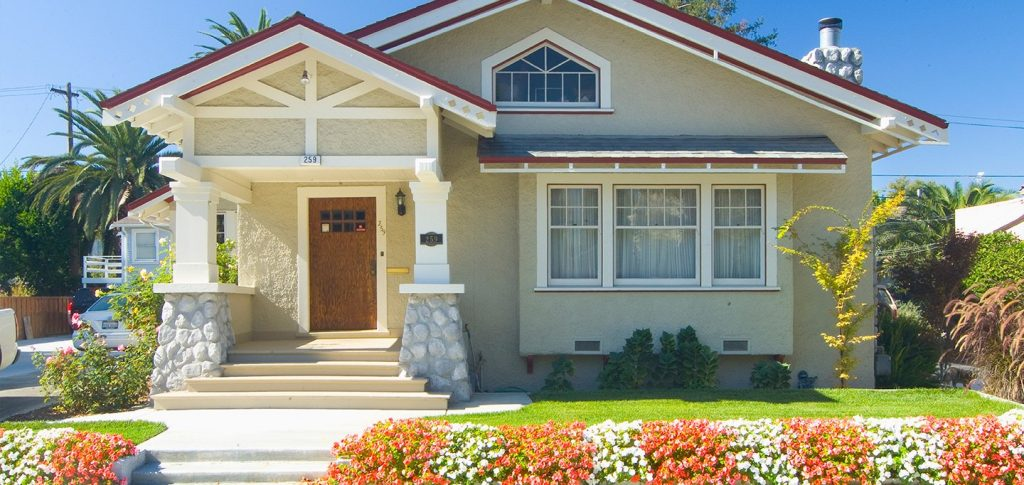 Checklist for New Real Estate Investments: 8 Exterior Areas to Check