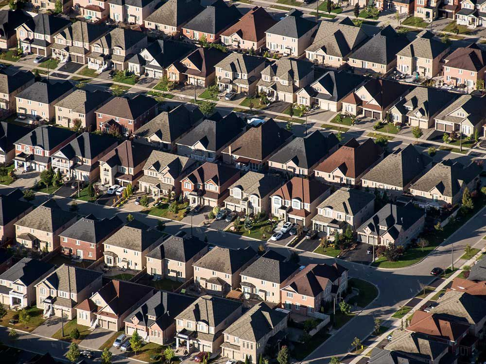 While the world is in the midst of a tech revolution, Canadians bet on real estate