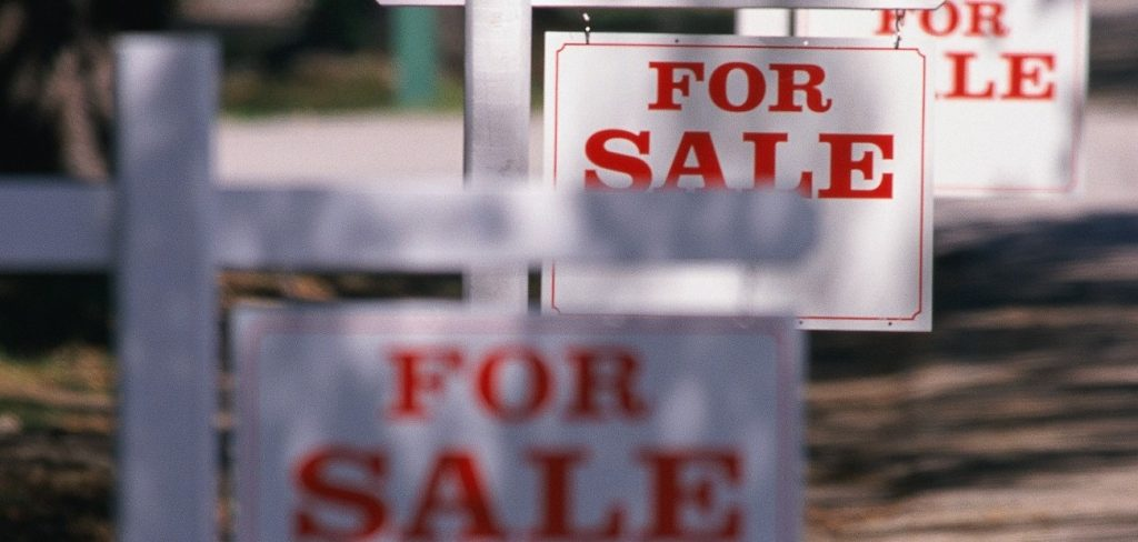 Real Estate Pros to Homeowners: Don't Wait to Sell
